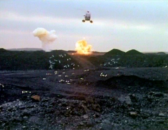 File:Doctor Who Green Death helicopter1 episode 5.jpg