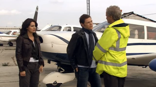 Torchwood S1E10 airport1.png