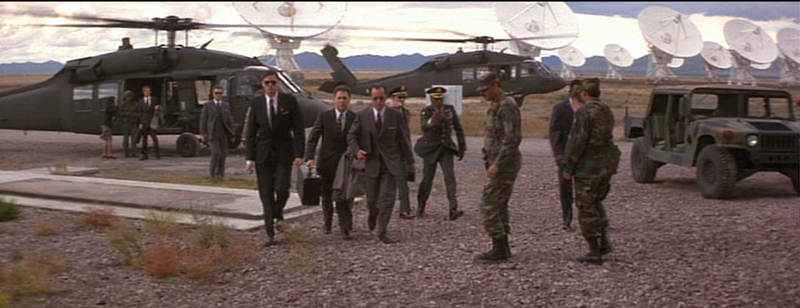 File:Contact heli landed.png